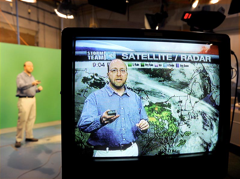 Ray Routhier, a reporter for The Portland Press Herald, works with WGME-TV meteorologist Charlie Lopresti, who helped Routhier prepare to present the weather segment. Lopresti said to avoid using jargon and to instead focus on how the forecast might affect the viewers' day.
