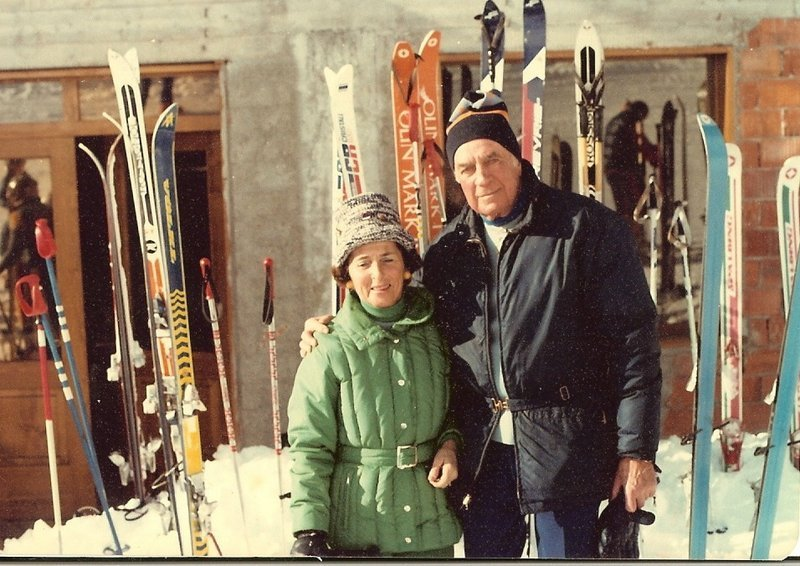 Dorothy Robinson, seen with her husband, George, at Mount La Rocca, Italy, skied all over New England and the world.