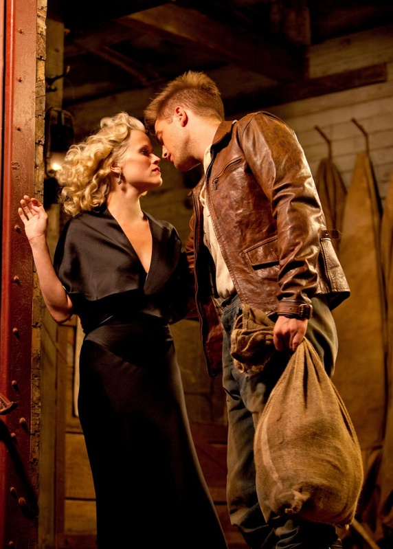Reese Witherspoon, with co-star Robert Pattinson, as Marlena and Jacob in