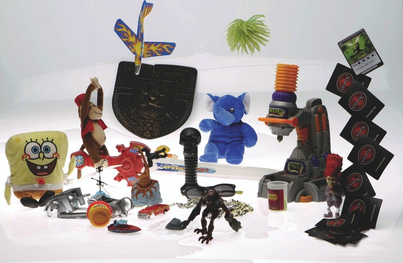 What's a responsible parent to do about clearing out used toys?