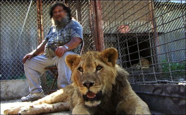 Terry Brumfield, who raises lions as pets, and his relationship with public safety officer Tim Harrison form the central conflict of the documentary.