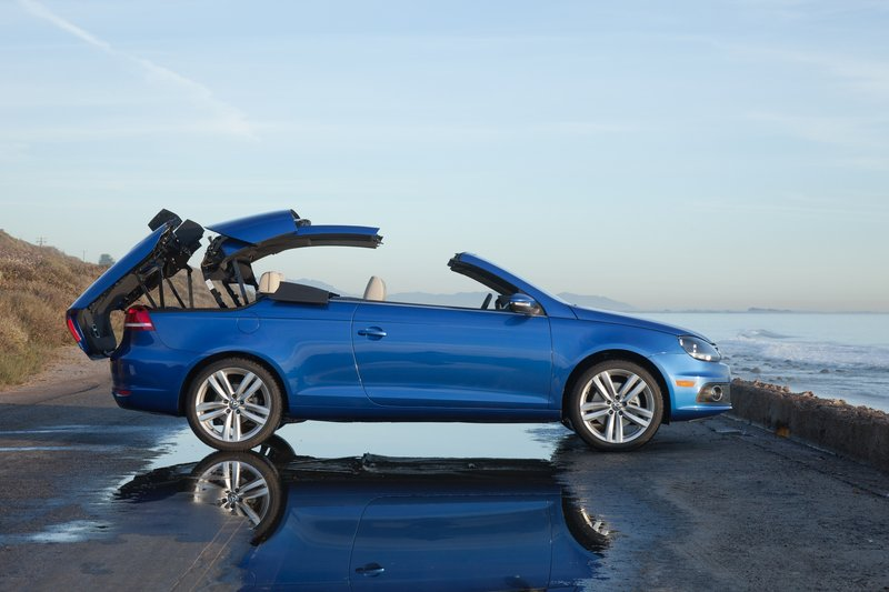 Volkswagen's clever retractable top design is complemented in the Eos by a potent engine.
