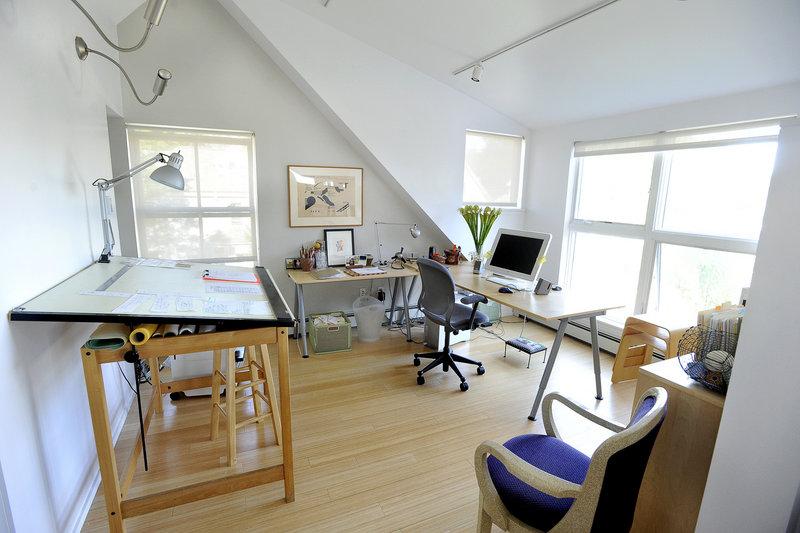 ... a third-floor work space ...