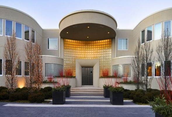 Michael Jordan's estate is on the market for $29 million,