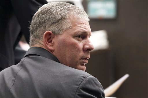 Former New York Mets outfielder Lenny Dykstra is seen during his sentencing for grand theft auto in Los Angeles in this March 5, 2012, photo.