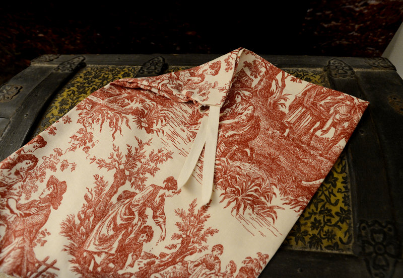 Ivy says she's always looking for new fabric designs, like this toile for a large bag.