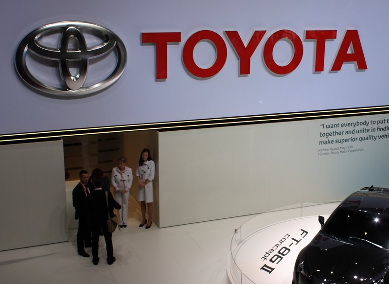 The agreement satisfies Toyota owners whose vehicles lost value as a result of acceleration problems. Death and injury claims are part of a separate suit.
