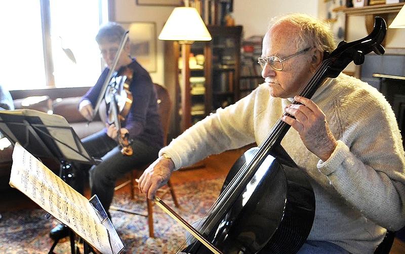 Cellist Paul Ross