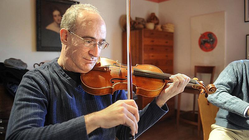 Portland String Quartet's newest member, violinist Dean Stein