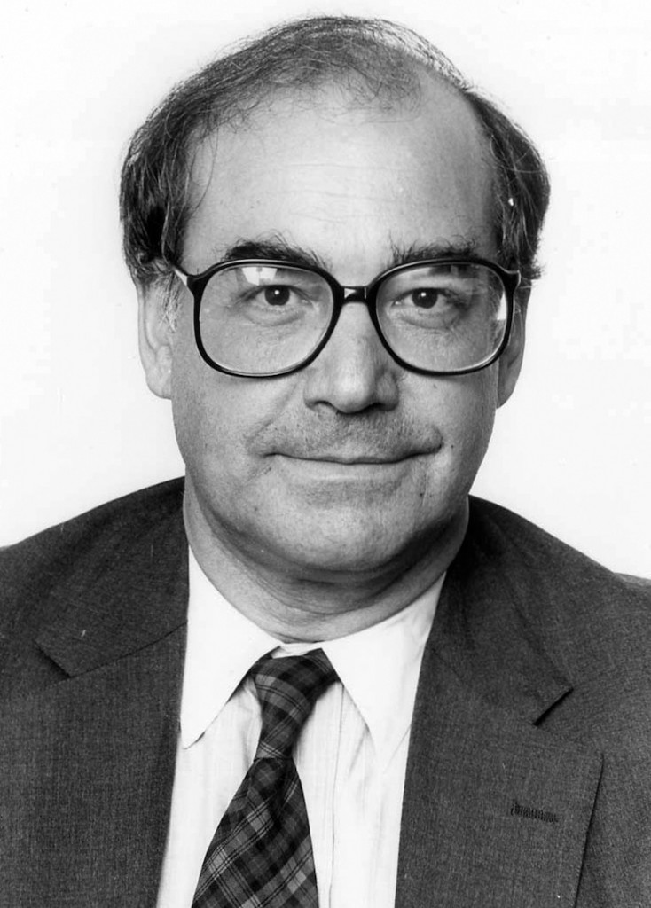 This undated photo shows journalist Haynes Johnson. Johnson, a pioneering Washington journalist who won a Pulitzer Prize for his coverage of the civil rights movements and migrated from newspapers to television, books and teaching, died Friday, May 24, 2013. He was 81. (AP Photo/The Washington Post)