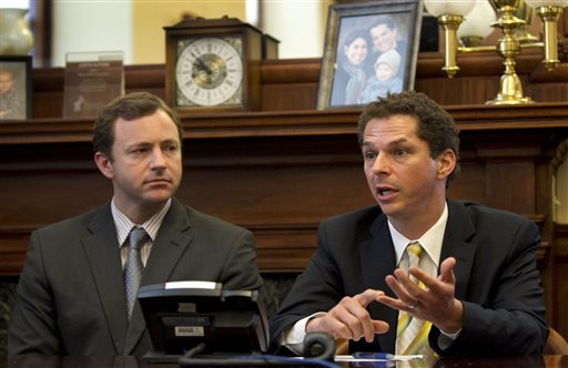 Senate President Justin Alfond, D-Portland, right, and House speaker Mark Eves, D-North Berwick, speak to reporters Wednesday, June 26, 2013, at the State House in Augusta, Gov. LePage and Democrats have struck a deal on a $150 million transportation bond. (AP Photo/Robert F. Bukaty)