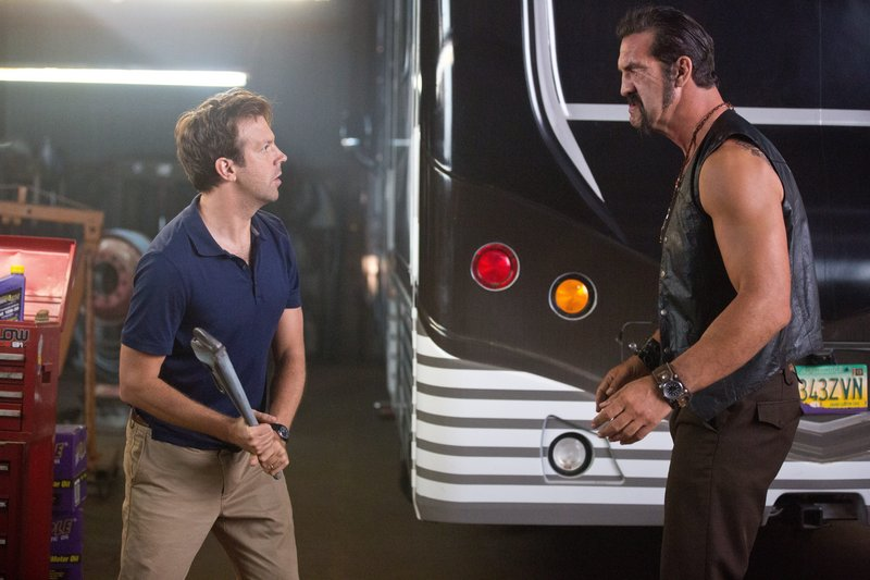 """Jason Sudeikis deals with a tough customer in """"We're the Millers."""""""