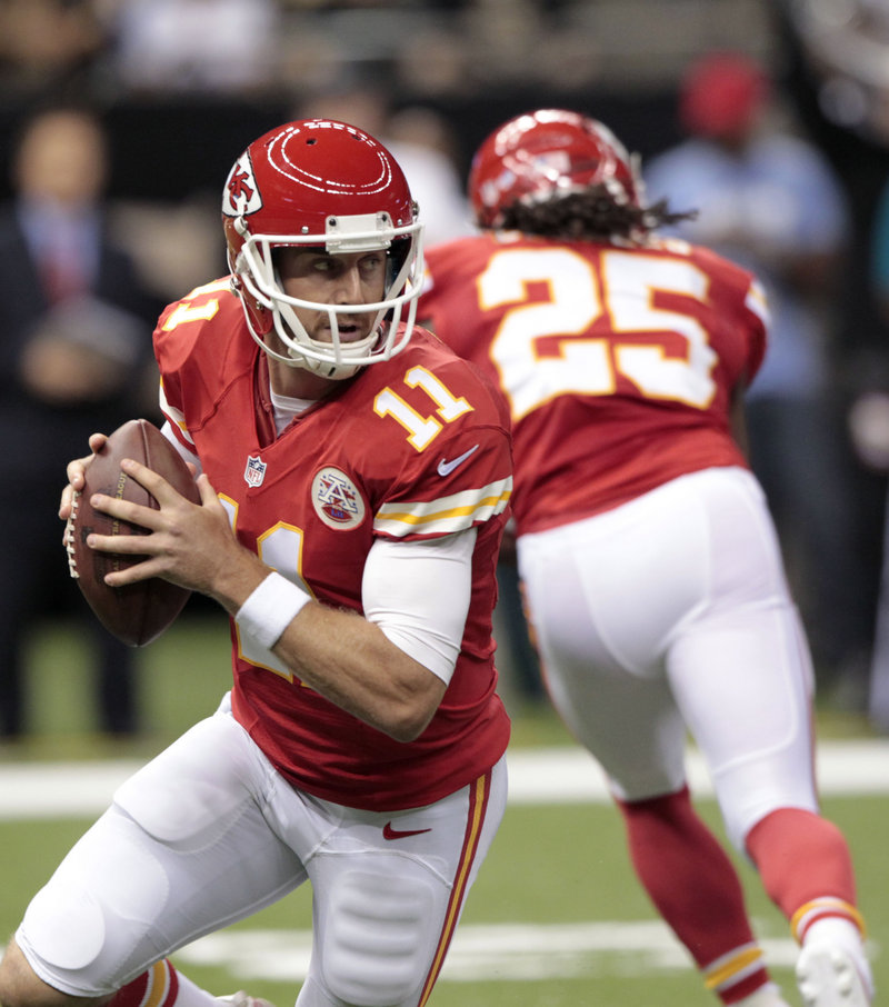 New quarterback Alex Smith, a former 49er, shows the kind of poise and efficiency that the Chiefs didn't find from Matt Cassel and Brady Quinn last season.