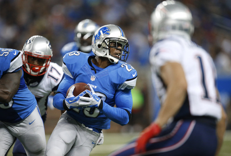 Chris Houston's second-quarter interception for the Lions was one of four turnovers committed by New England on its first five possessions Thursday night.