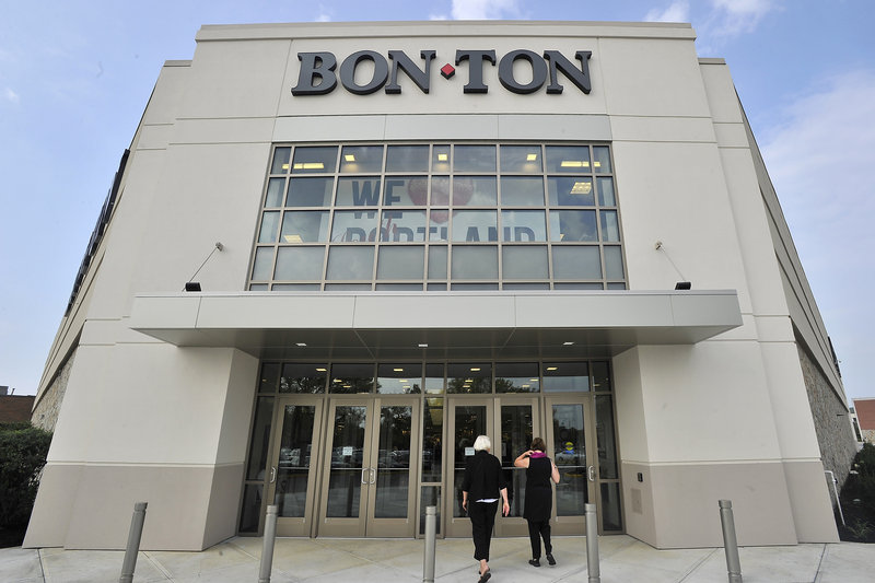 Bon-Ton opens at the Maine Mall in South Portland.