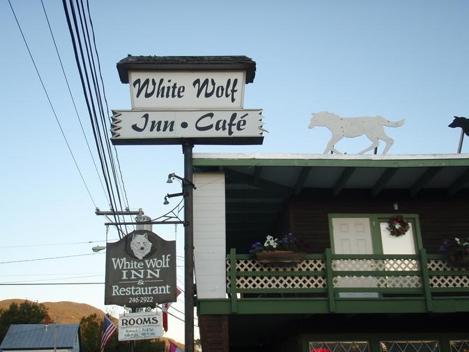 The White Wolf Inn in Stratton