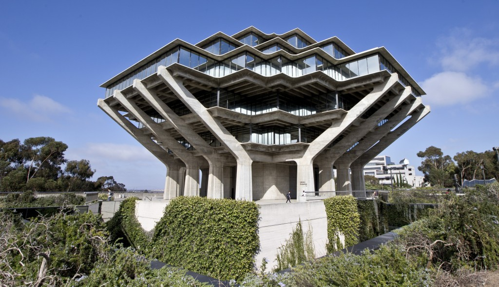 The Geisel Library on the campus of the University of California-San Diego was designed by architect William Pereira.