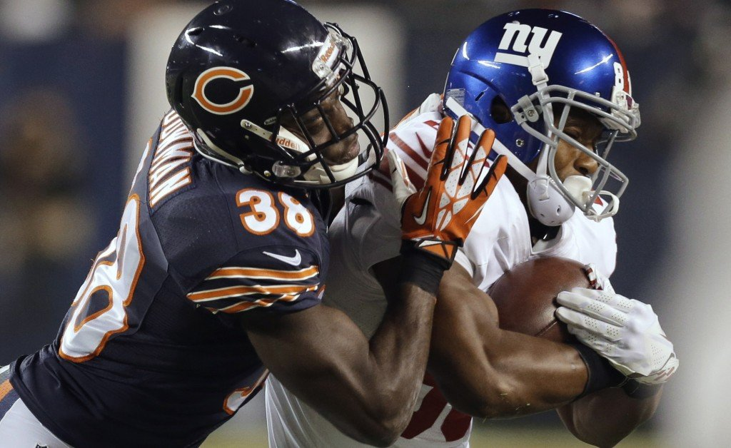 Victor Cruz, right, a key element of the New York Giants offense this season, returned to practice on Thursday after taking time off to rest a neck injury incurred on Oct. 27.