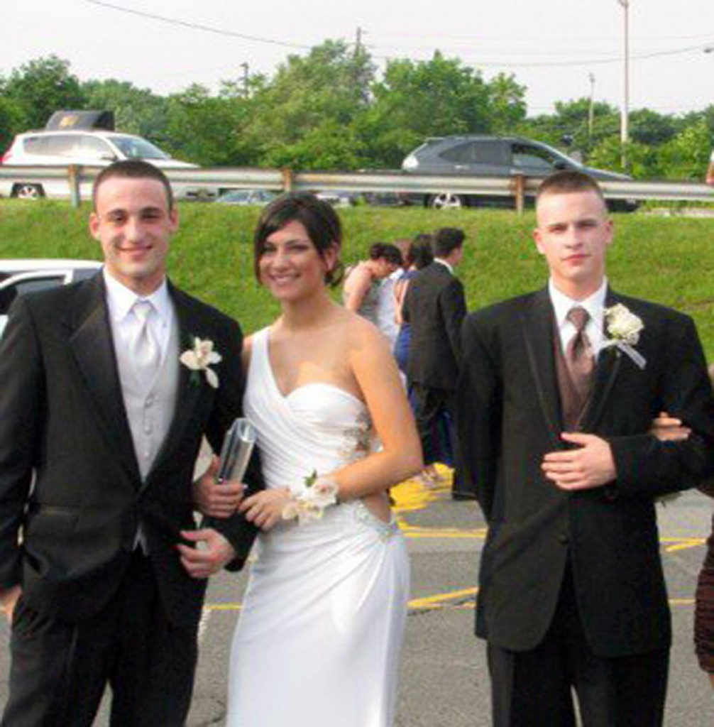 In this May 30, 2011 photo taken by Chelsea Barbarini and provided to The AP, which has been authenticated based on its contents and other AP reporting, Richard Shoop, right, poses for a photo with friends Jordan Conahan and Maddison Barbarini. Shoop opened fire inside the Garden State Plaza Mall in Paramus, N.J., late Monday, Nov. 4, 2013, trapping shoppers for hours before killing himself.