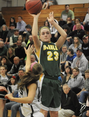Allie Clement, who will head to Division I Marist next year, is back to help McAuley add to its 48-game winning streak with another Class A championship.