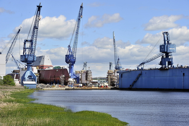 BIW plans to lay off 118 workers this month, the largest single round of job cuts by the Bath-based military shipbuilder this year.