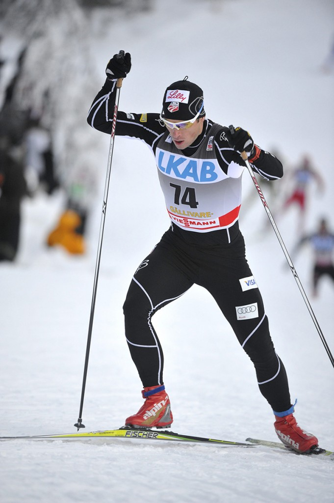 Kris Freeman of the U.S. skis in the men's 15 km freestyle world cup race in Gallivare, Sweden, on November 20, 2010. REUTERS/Fredrik Sandberg/Scanpix (SWEDEN - Tags: SPORT SKIING) SWEDEN OUT. NO COMMERCIAL OR EDITORIAL SALES IN SWEDEN - RTXUUIK :rel:d:bm:GF2E6BK13TZ02