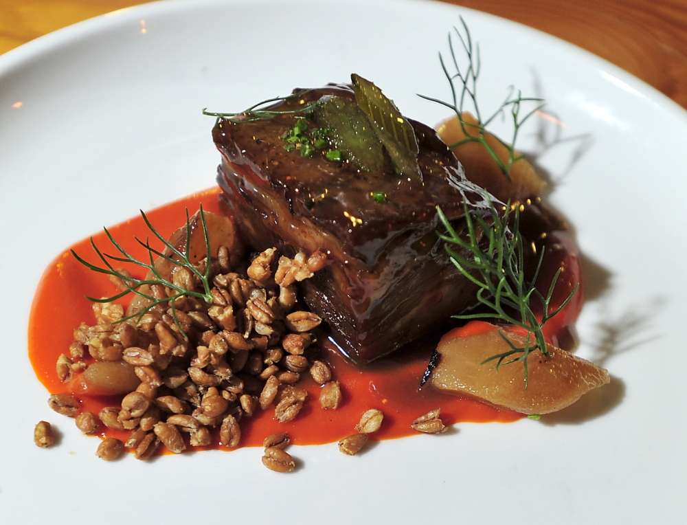 Lamb breast with farro and fennel with piquillo peppers