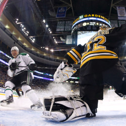 The Dallas Stars' Vernon Fiddler watches his shorthanded goal get past Bruins goalie Niklas Svedberg during the first period of the Stars' 5-3 win over Boston on Tuesday night. It was the second straight loss for the Bruins.