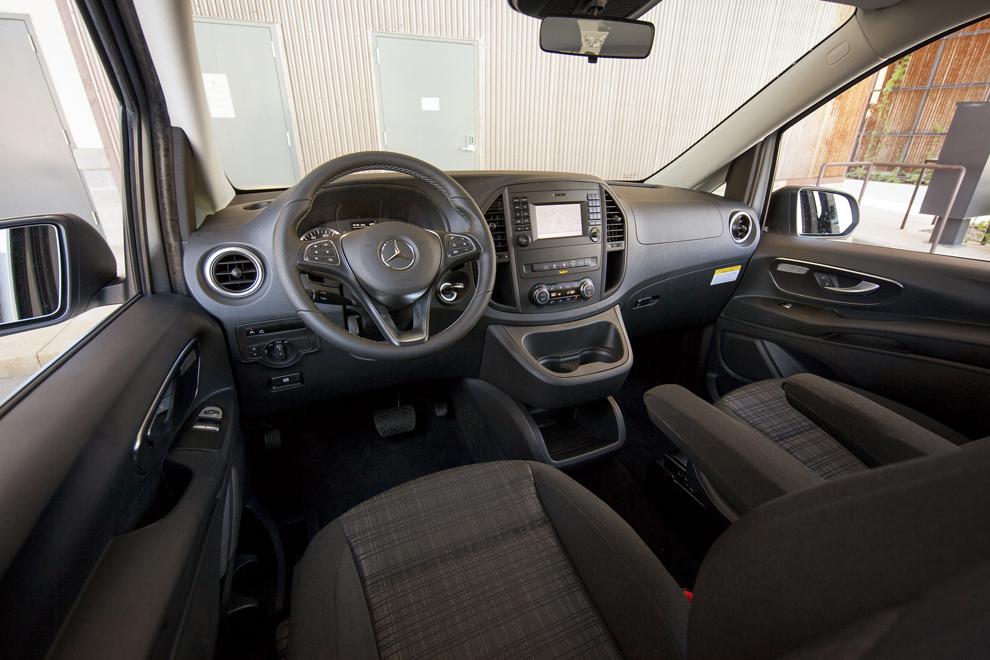 Mercedes benz 39 s metris favors utility over frills the for Mercedes benz van interior