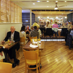 754338_348327-20151116_DineOut_02