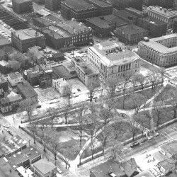 931676_1000644087 LincolnPark_1961.jpg