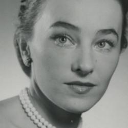 Elena Barnet