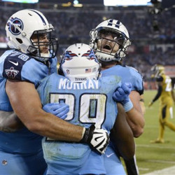 Tennessee Titans running back DeMarco Murray celebrates with offensive tackle Jack Conklin, 78, and tight end Phillip Supernaw after scoring a touchdown the first half Thursday night against Jacksonville.